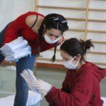 volontariimbustanomascherine7.4.2020_03-20200407-201502