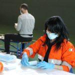 volontariimbustanomascherine7.4.2020_05-20200407-201508